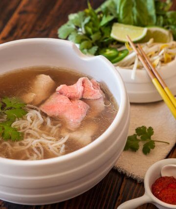 vietnamese pho pressure cooker noodle soup recipe featured-0888