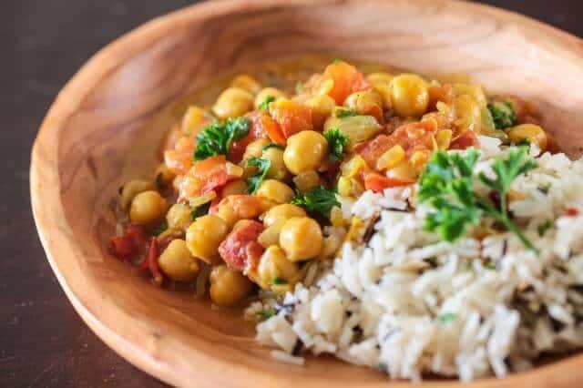indian-chickpea-dal-coconut-recipe-video-1732