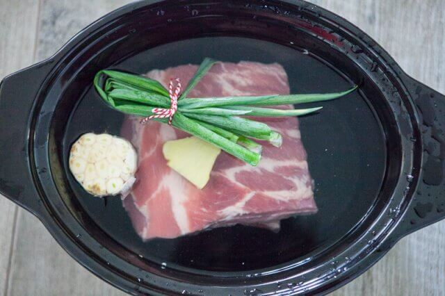 Slow Cooker Bone Broth Recipe - Asian Everything goes into the slow cooker