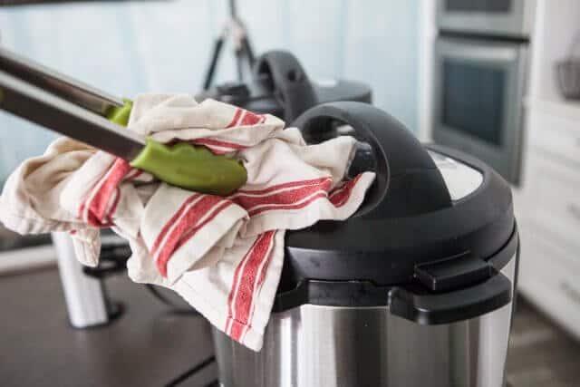 Pressure Cooker Ramen Recipe - release steam