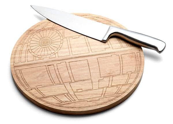 ilrt_sw_death_star_wood_cutting_board
