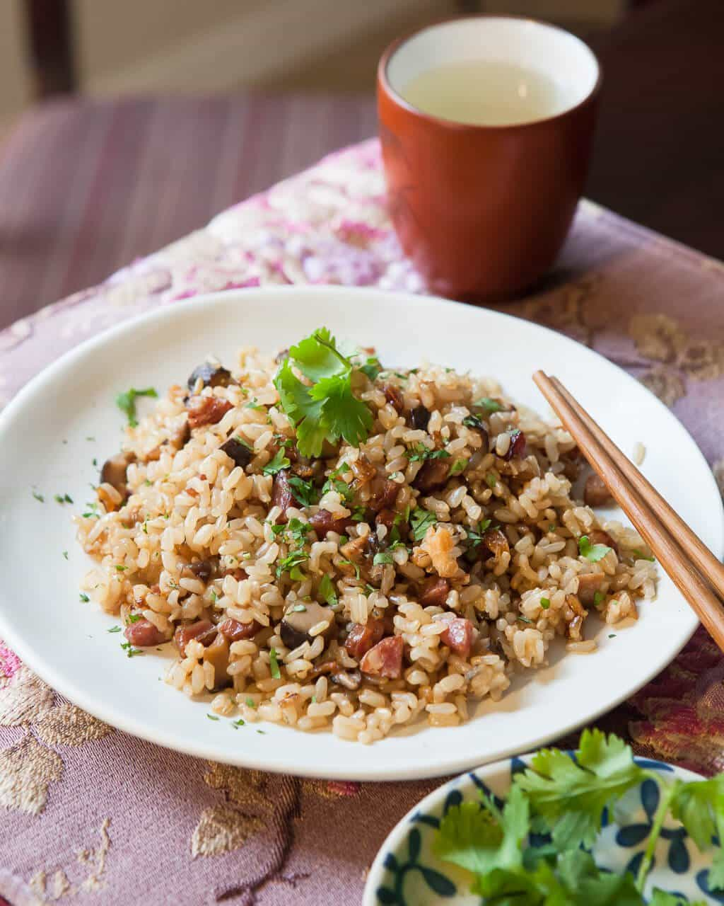 Pressure Cooker Chinese Sausage with Brown Rice