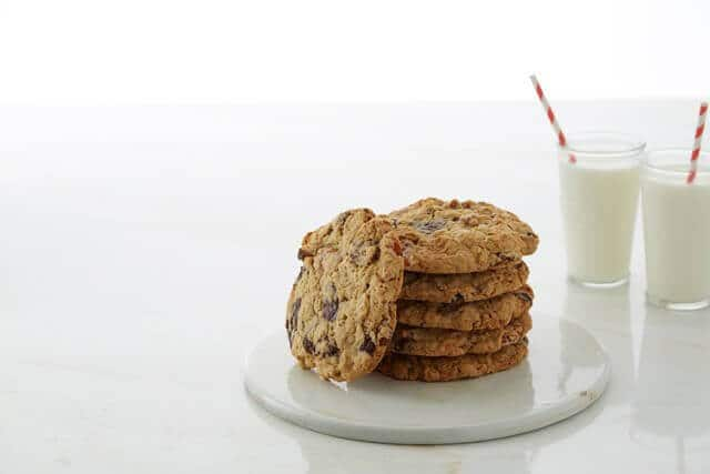 martha stewart giant kitchen sink cookies