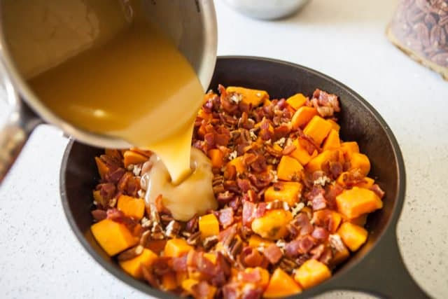 Roasted Sweet Potatoes with Bacon & Maple Syrup - pour glaze