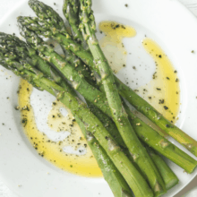steamed asparagus with olive oil salt and pepper