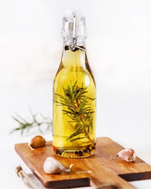 Make Extra Spices into Infused Oil
