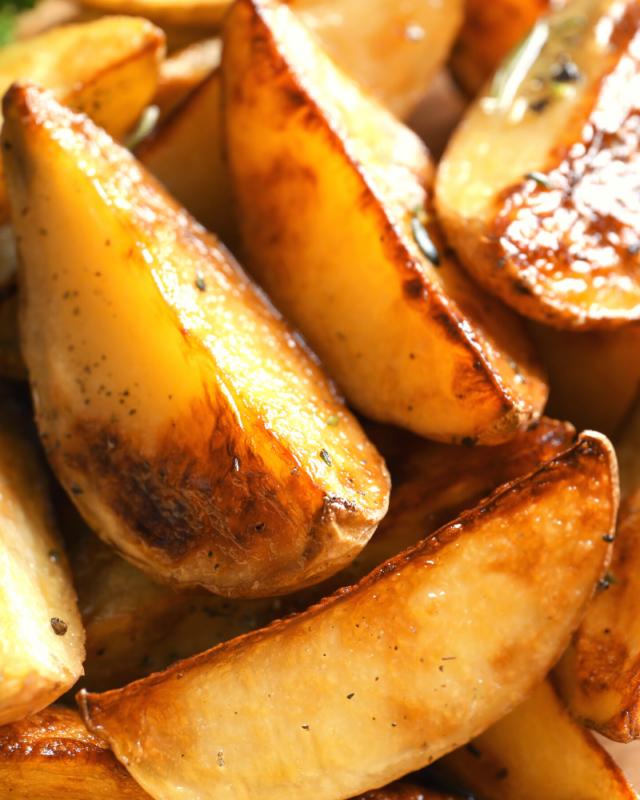 up close shot of potato wedges.