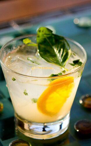 Xanadu Cocktail: Basil and Grapefruit
